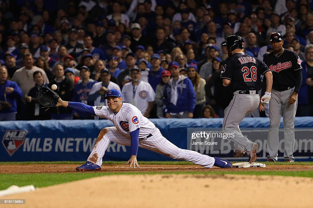 World Series - Cleveland Indians v Chicago Cubs - Game Four : News Photo