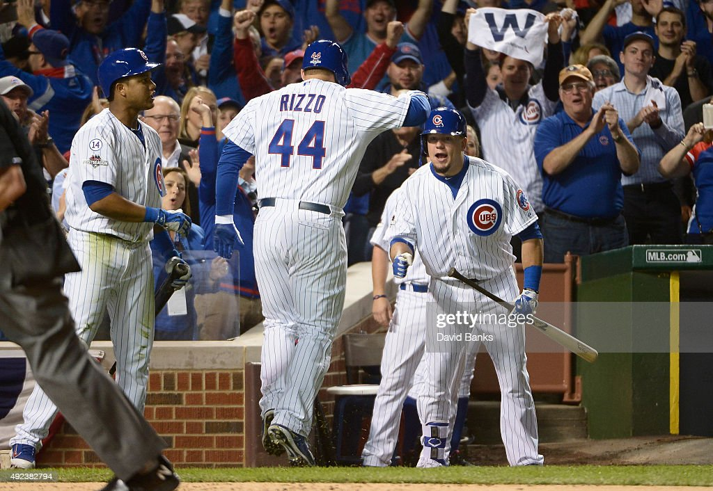 Division Series - St Louis Cardinals v Chicago Cubs - Game Three : News Photo