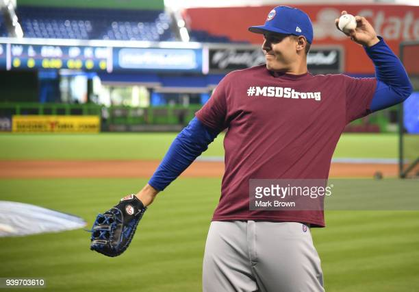 Anthony Rizzo of the Chicago Cubs wears a MSDStrong shirt during warmups in honor of Stoneman Douglas High School before Opening Day against the...