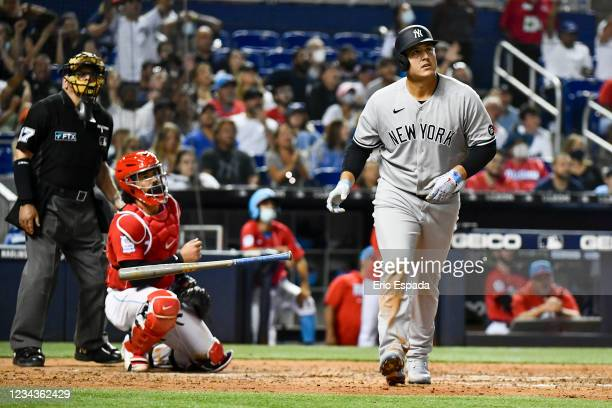 Anthony Rizzo of the New York Yankees hits a home run in the seventh inning against the Miami Marlins at loanDepot park on July 31, 2021 in Miami,...