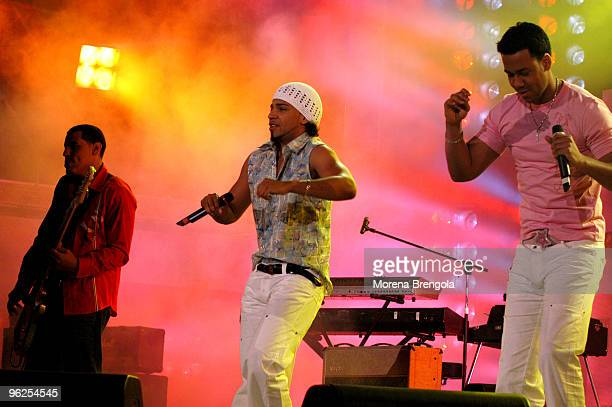 Anthony Santos of Aventura performs at Festivalbar June 02 2004 in Milan Italy