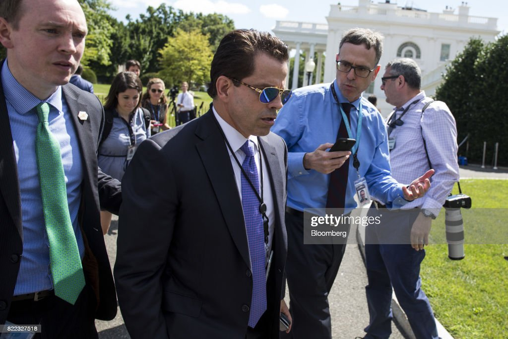 Officials Arrive At The White House : News Photo