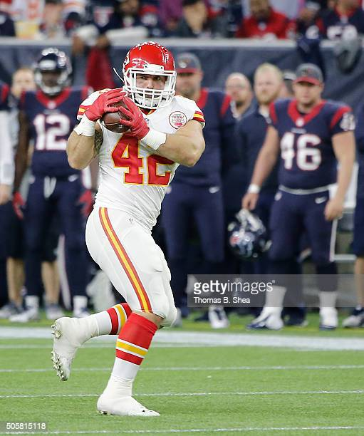 Anthony Sherman of the Kansas City Chiefs makes a catch against the Houston Texans during the AFC Wild Card Playoff game at NRG Stadium on January 9...