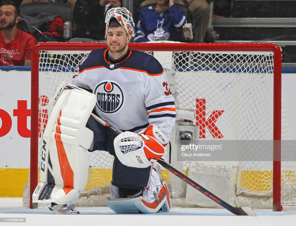 Edmonton Oilers v Toronto Maple Leafs : News Photo