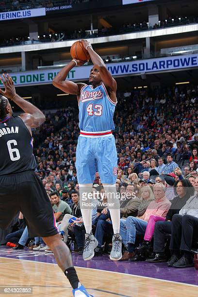 Anthony Tolliver of the Sacramento Kings shoots the ball during a game against the LA Clippers on November 18 2016 at the Golden 1 Center in...