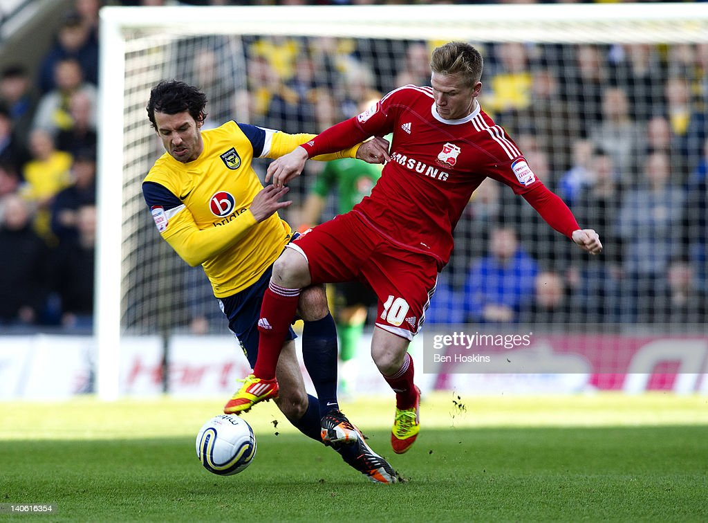 Oxford United v Swindon Town - npower League Two : News Photo