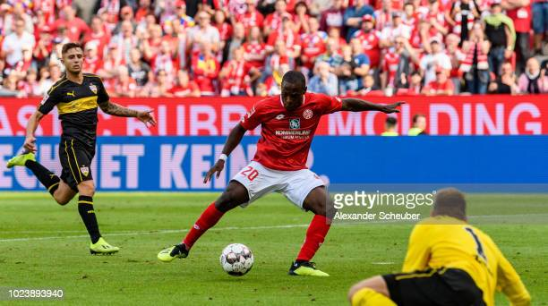 Anthony Ujah of Mainz scores the first goal for his team during the Bundesliga match between 1 FSV Mainz 05 and VfB Stuttgart at Opel Arena on August...