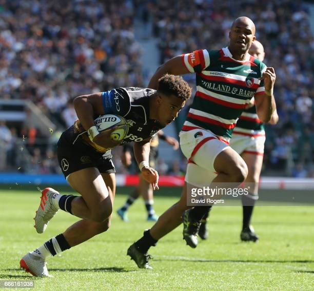 Anthony Watson of Bath breaks clear to score his first try during the Aviva Premiership match between Bath and Leicester Tigers at Twickenham Stadium...