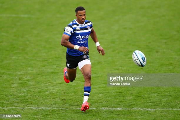 Anthony Watson of Bath Rugby runs with the ball during the Gallagher Premiership Rugby match between Bath Rugby and London Irish at The Recreation...