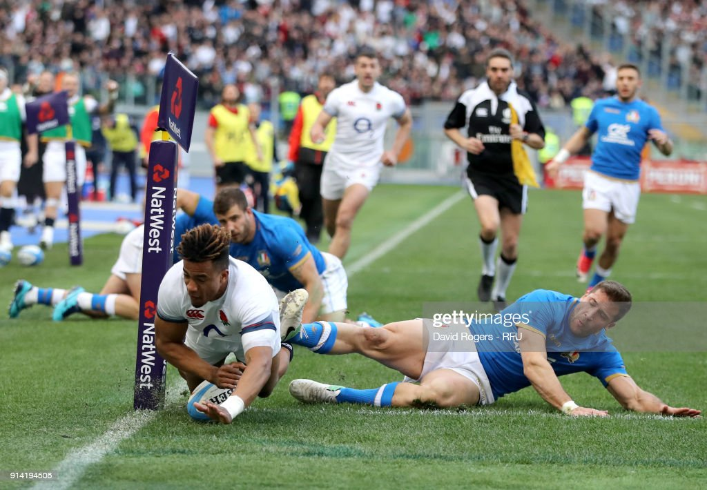 Anthony Watson of England scores his sides second try during the NatWest Six Nations round One match between Italy and Engalnd at Stadio Olimpico on February 4, 2018 in Rome, Italy.