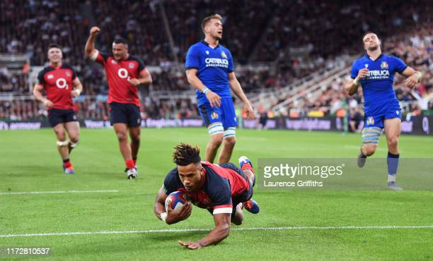 Anthony Watson of England touches down to score their fourth try during the 2019 Quilter International match between England and Italy at St James'...