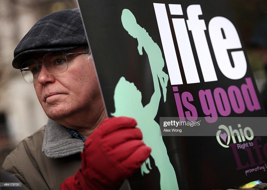 Anti-Abortion Activists Protest In Washington : News Photo