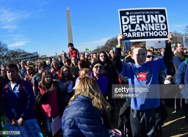 Antiabortion activists from around the US gather in Washington DC January 19 2018 for the annual 'March for Life' / AFP PHOTO / Eva HAMBACH