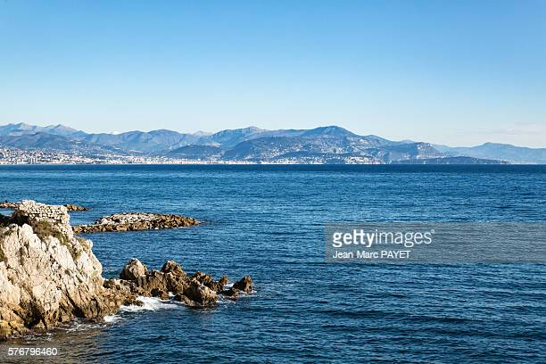 antibes' coast and the alps - jean marc payet stockfoto's en -beelden