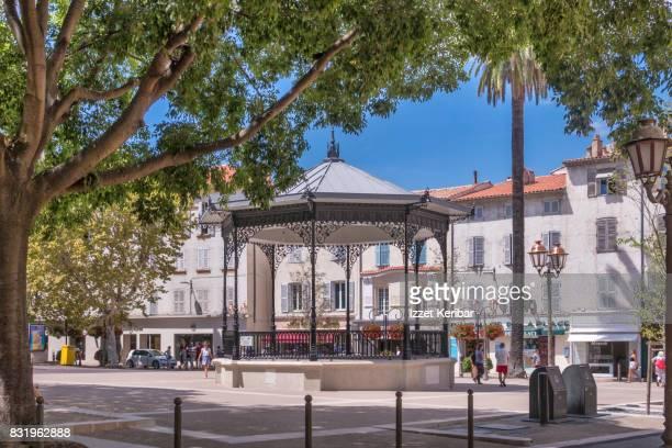 Antibes old town, music kiosk near Clémenceau strest, Alpes Maritimes, France