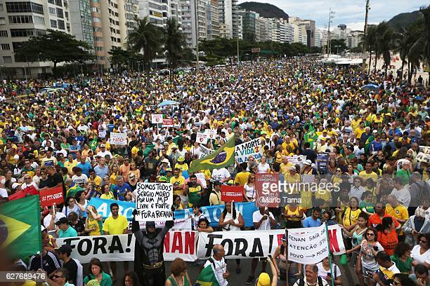 Anti-corruption protesters gather along Copacabana beach on December 4, 2016 in Rio de Janeiro, Brazil. Nationwide protests were held in Brazil today...