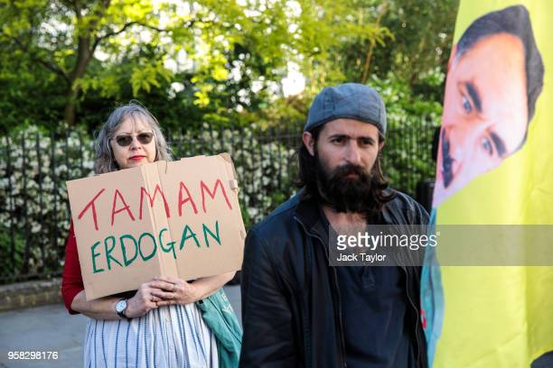 AntiErdogan protesters demonstrate outside Chatham House where Turkish President Recep Tayyip Erdogan is due to speak on May 14 2018 in London...