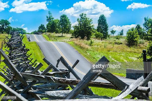 antietam national battlefield with snake fence - antietam national battlefield stock photos and pictures
