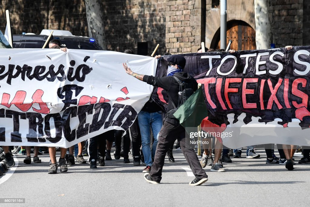 Anti-fascists group marched in Barcelona to protest against the Spanish NationalDay, in Barcelona, Spain, on 12 October 2017.