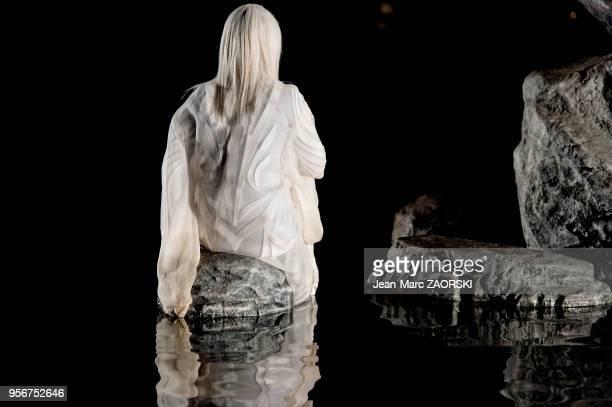 """""""Antigone"""" de Sophocle, pièce de théâtre classique mise en scène par le Japonais Satoshi Miyagi présentée le 4 juillet 2017 pour l'ouverture du..."""