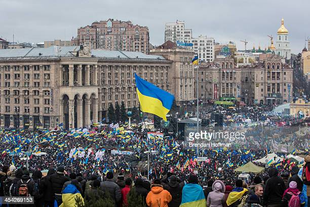 Antigovernment protesters gather on Independence Square on December 8 2013 in Kiev Ukraine Thousands of people have been protesting against the...