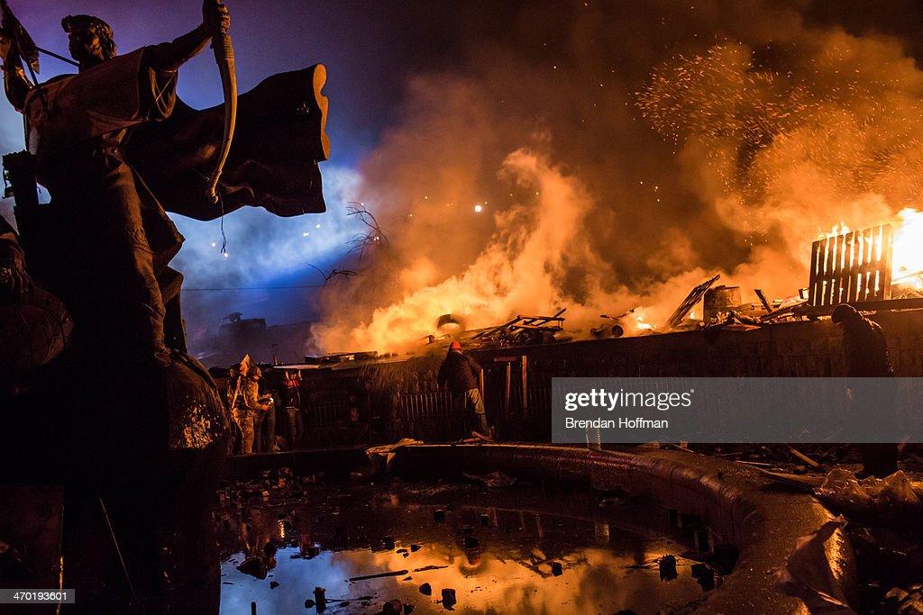 Violence Escalates As Kiev Protests Continue : News Photo