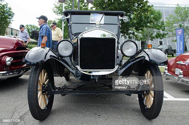 antique car: ford t 1925 - model t ford stock pictures, royalty-free photos & images