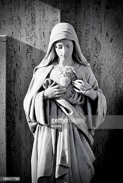 antique cemetery statue close up - virgin mary stock pictures, royalty-free photos & images