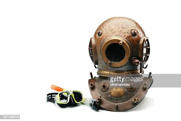 Antico Casco da immersione e Maschera subacquea e snorkeling