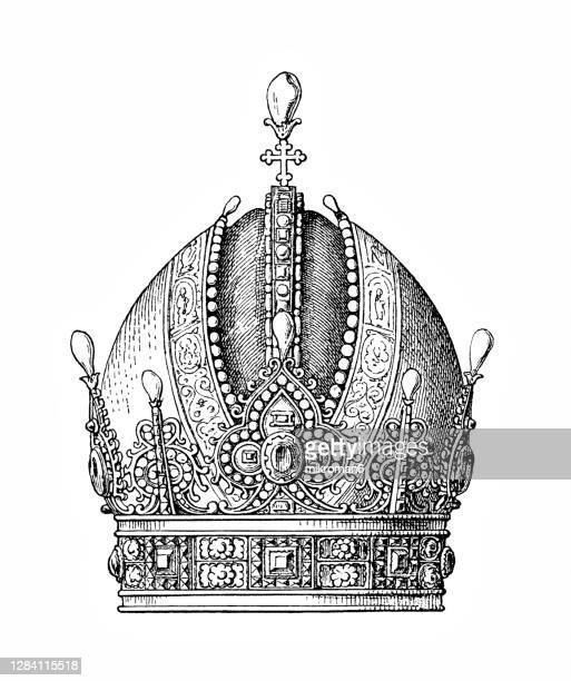 antique engraving illustration of imperial crown of austria (1602) - the royal photographic society stock pictures, royalty-free photos & images