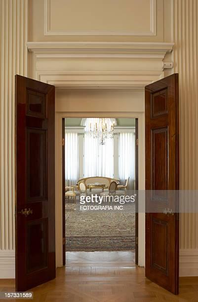 アンティークパレスのドア