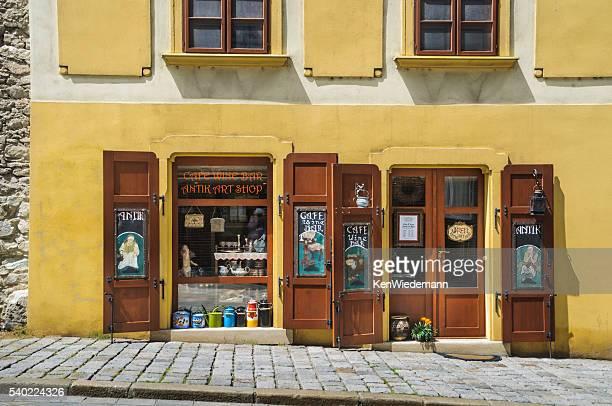 Antik Shop-Weinbars & Weinstuben