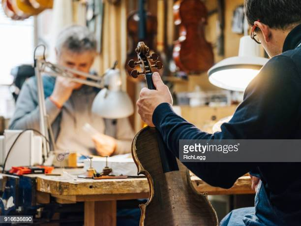 Antique Violin Luthier