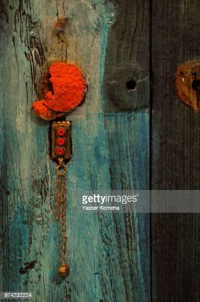 antique wood - bahrain stock-fotos und bilder