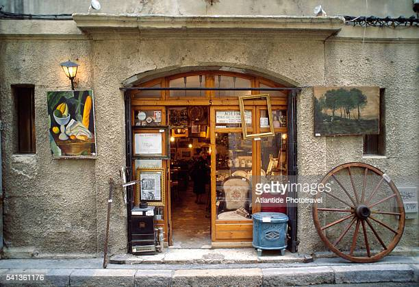 Antiques Shop in Avignon