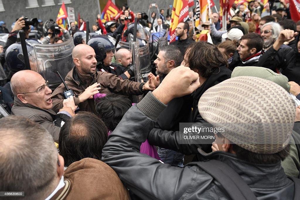 ITALY-UE-SUMMIT-EMPLOYMENT-JOBS : News Photo