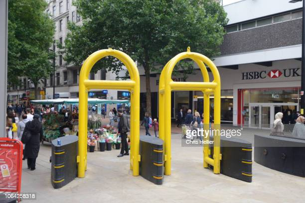anti-terrorist security barriers new street birmingham england - construction barrier stock pictures, royalty-free photos & images