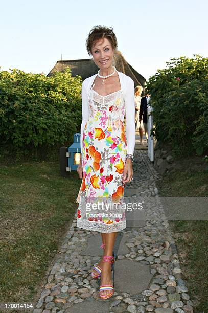 Antje Katrin Kühnemann at The Traditional Food From Cancer Economia Manfred_Baumann boss in the house 'Catherine' on the island of Sylt 290706