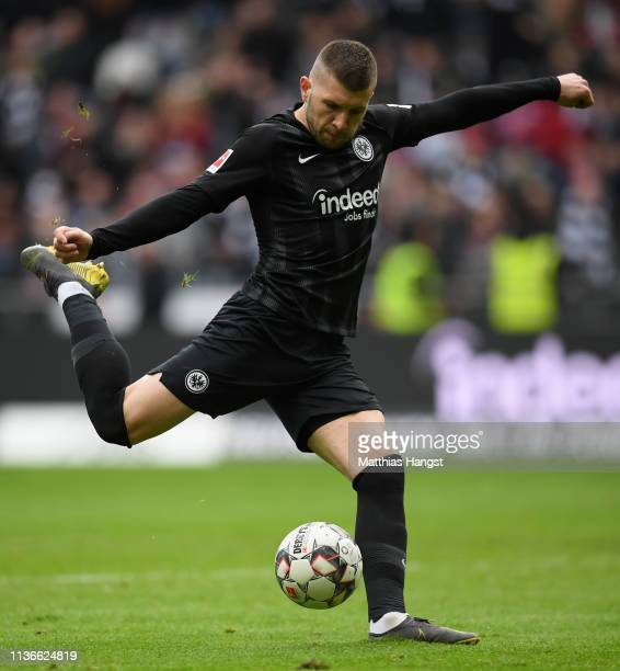 Antje Rebic of Frankfurt controls the ball during the Bundesliga match between Eintracht Frankfurt and 1 FC Nuernberg at CommerzbankArena on March 17...