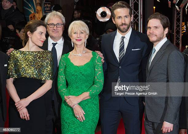 Antje Traue, Simon Curtis, Helen Mirren, Ryan Reynolds and Daniel Bruehl attend the 'Woman in Gold' premiere during the 65th Berlinale International...