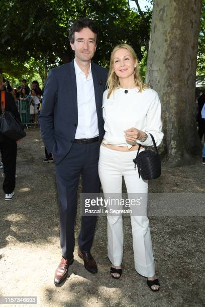 Antoine Arnault and Kelly Rutherford attend the Berluti Menswear Spring Summer 2020 show as part of Paris Fashion Week on June 21, 2019 in Paris,...