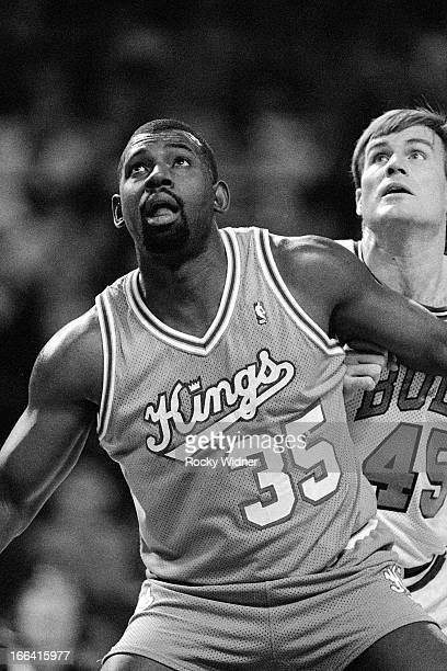 Antoine Carr of the Sacramento Kings boxes out against the Chicago Bulls on March 24 1990 at the United Center in Chicago Illinois NOTE TO USER User...