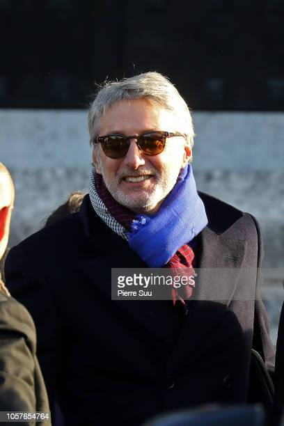 Antoine De Caunes attends the funerals of Philippe Gildas at Cimetierre du Pere Lachaise on November 5 2018 in Paris France