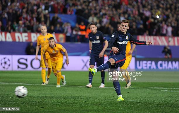 Antoine Greizmann of Club Atletico de Madrid scores his team's 2nd goal from the penalty spot during the UEFA Champions League Quarter Final Second...