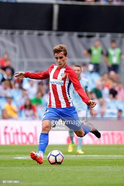 Antoine Griezman in action during the Spanish league football match Real Club Celta de Vigo vs Club Atlético de Madrid at estadio Municipal de...