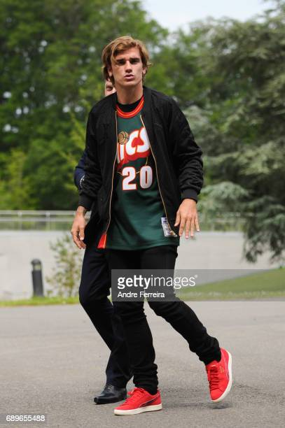 Antoine Griezmann arriving at Centre National du Football at Centre National du Football on May 29 2017 in Clairefontaine France