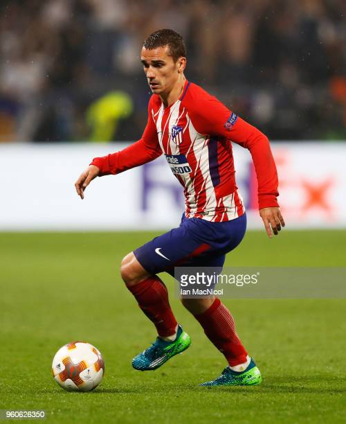 Antoine Griezmann of Athletico Madrid controls the ball during the UEFA Europa League Final between Olympique de Marseille and Club Atletico de...