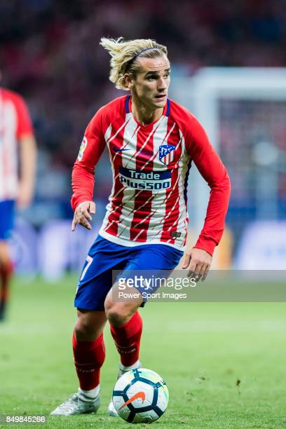 Antoine Griezmann of Atletico de Madrid in action during the La Liga 201718 match between Atletico de Madrid and Malaga CF at Wanda Metropolitano on...