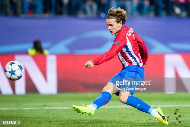 Antoine Griezmann of Atletico de Madrid in action during their 201617 UEFA Champions League Round of 16 second leg match between Atletico de Madrid...