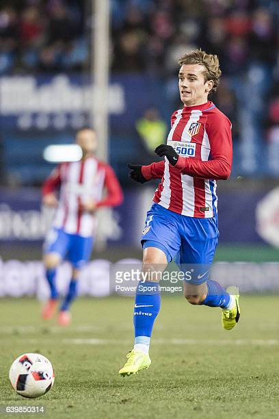 Antoine Griezmann of Atletico de Madrid in action during their Copa del Rey 201617 Quarterfinal match between Atletico de Madrid and SD Eibar at the...